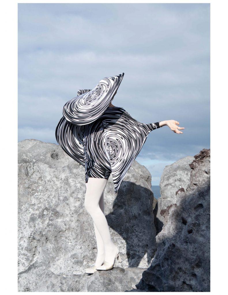 roxane_danset_fantastic_man_Page_6